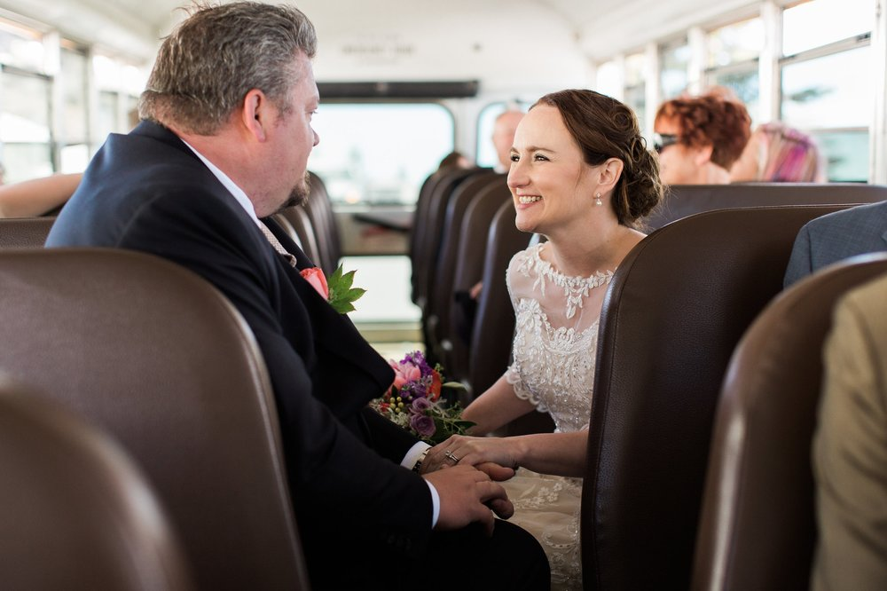 Hannanwedding-Bus fun-0013.jpg