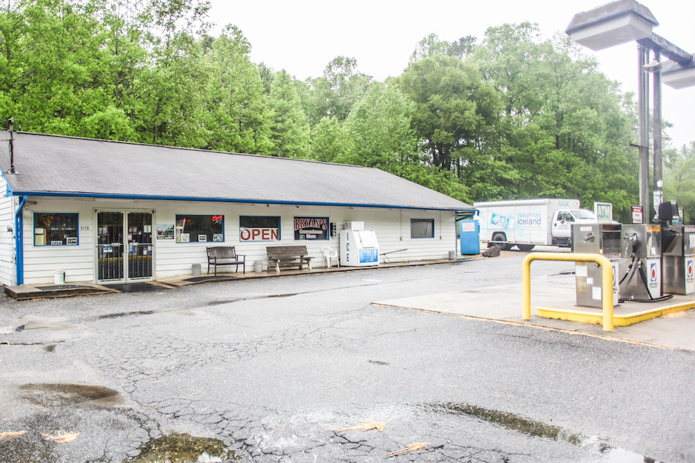 ellijay-gas-station-for-sale-31.jpg