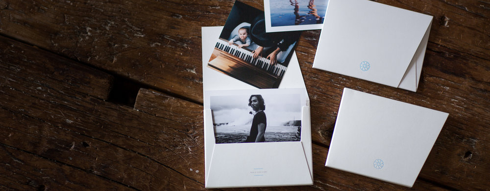 timeshel delivers beautiful prints, each month, making it easy to remember well.