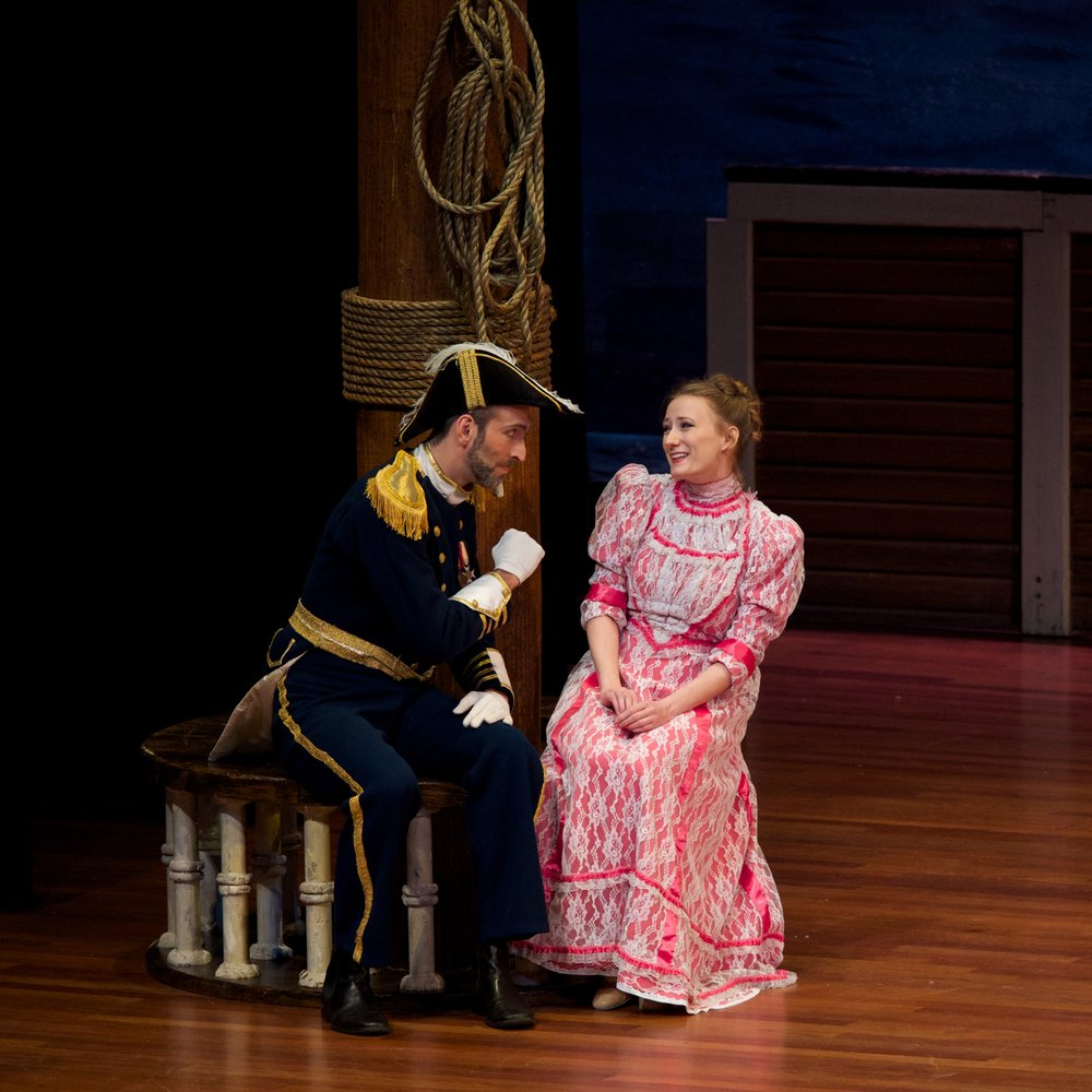 David Auxier as Capitan Corcoran & Kate Bass as Josephine