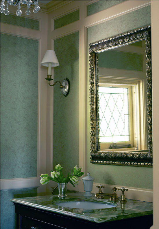 Allison-Caccoma-Home-Slider-living-room-mirror.jpg