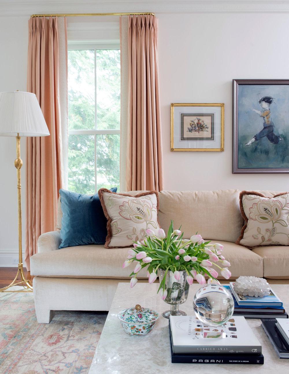 living-room-vignette5765.jpg