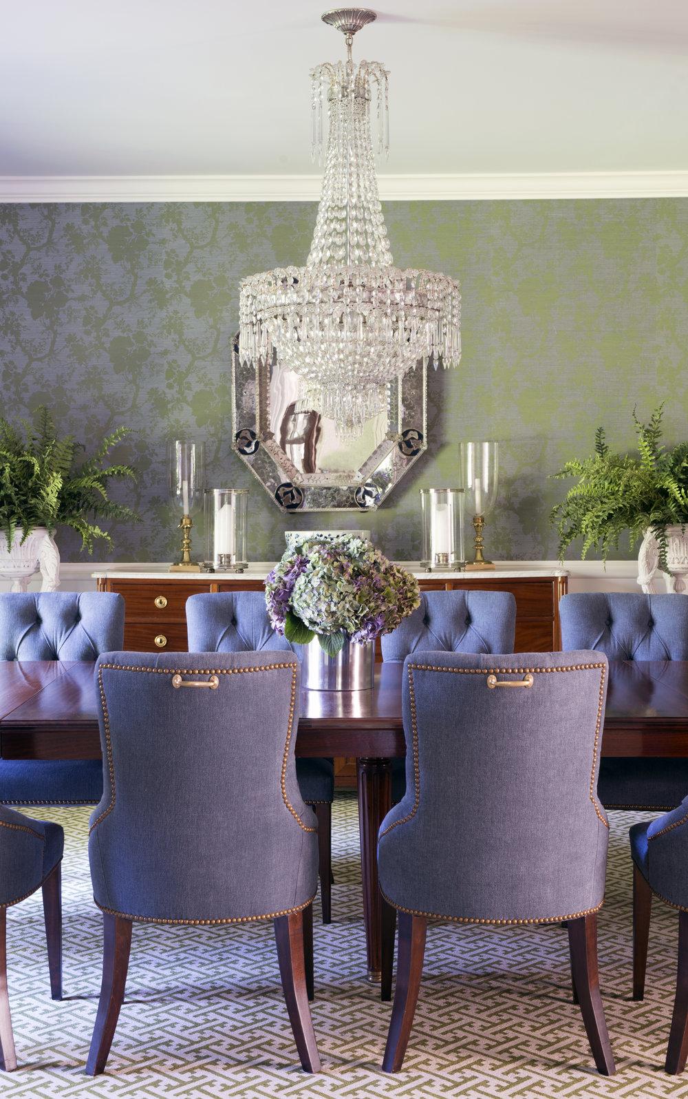 dining room 6097.jpg