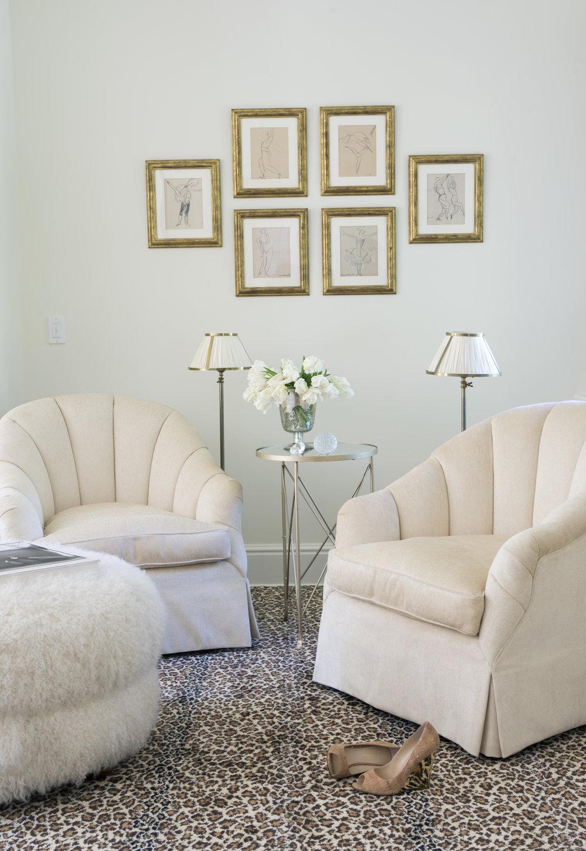master bedroom seating6187.jpg