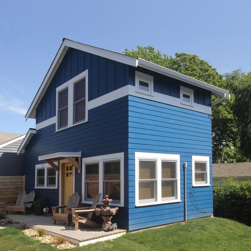 This one bedroom backyard cottage has a footprint of 336 sq. ft.
