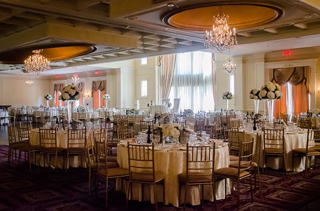blogs-aisle-say-13-Elegant-Long-Island-Wedding-Ashley-Robert-Wedding-Pix.jpg