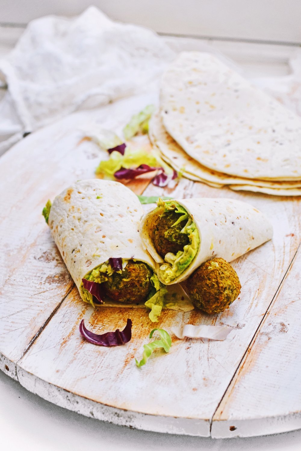healthy and easy falafel wraps