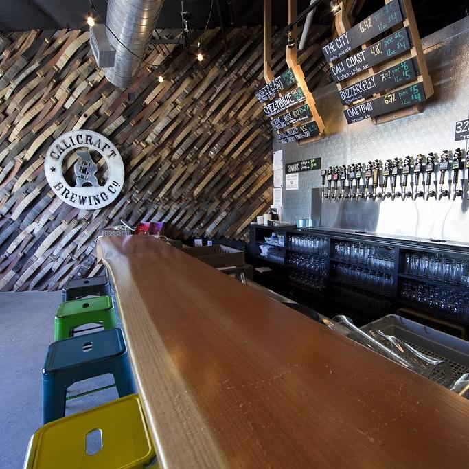 restaurant + brewery -