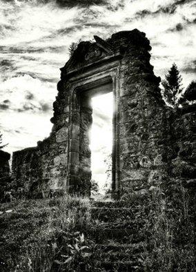 rsz_doorway-378x525-1.jpg