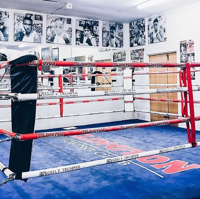 Boxing is one of the best methods for fat loss, and it's incredibly fun! Want to train at somewhere like @islingtonboxingclub ? Or how about your home or local park? Our trainers come to you. If you're ready to get in shape book here 👉 https://bodypro.co.uk/personal-trainers/linvell-c 🥊💥 - #BodyPro #fatloss #workout #padwork #motivation #fitness #training #womensfitness #fitlife #london #cardio #getfit #health #goals #strong #gym #noexcuses #fitnessmotivation #fitnesslifestyle #workoutmotivation #fitspo #fitfam #fitlife #fitnessaddict #getoutside #getstrong @combo_nation.uk