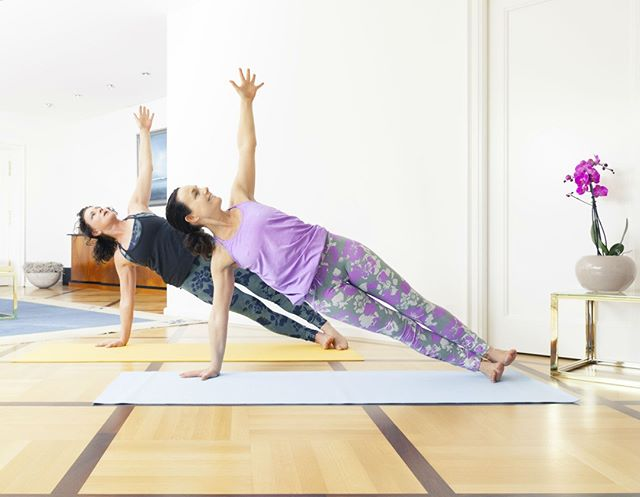 Plank with friends and book a private pilates training class in London to your home, apartment gym or local park - #fitness #health #wellness #pilates #workoutanywhere #fitnessmotivation #fitspo #pilatesinstructor #pilatesteaser #plank #plankchallenge #abs #pilatesinstructorlondon #london #londonfitness