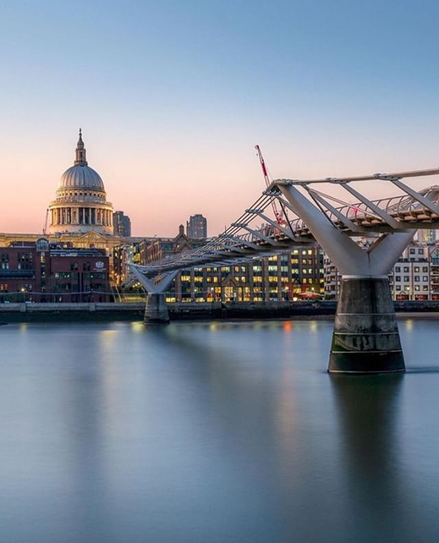 Bliss ✨  Photo credit: @antbuchet 📷 - #MilleniumBridge #mondaymotivation #motivationmonday #london #london4all #thisislondon #tlpicks #toplondonphoto #londondecanted #londonphoto #mydarlinglondon #visitlondon #loves_london #london_enthusiast #londonforyou #thelondonlifeinc #metropolis_london #london_city_photo #thisislondon #eyelovelondon #toplondonphoto #londonphoto #visitlondonofficial #thelondonlifeinc  #visitlondon #humlondon #londonguru #bestlondonphotos #mysecretlondon @london @visitlondon @timeoutlondon @metro.co.uk @telegraph