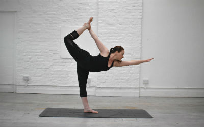 "<div style=""text-align: left""><strong>Yoga Naturally with Paula</strong><span style=""color: #7d7d7d; font-size: 85%;""><br>Private Yoga Class: £60<br>4 x Private Yoga: £228 (5% off)<br></span></div>"