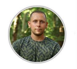 Tom Wilson-Leonard headshot.jpg