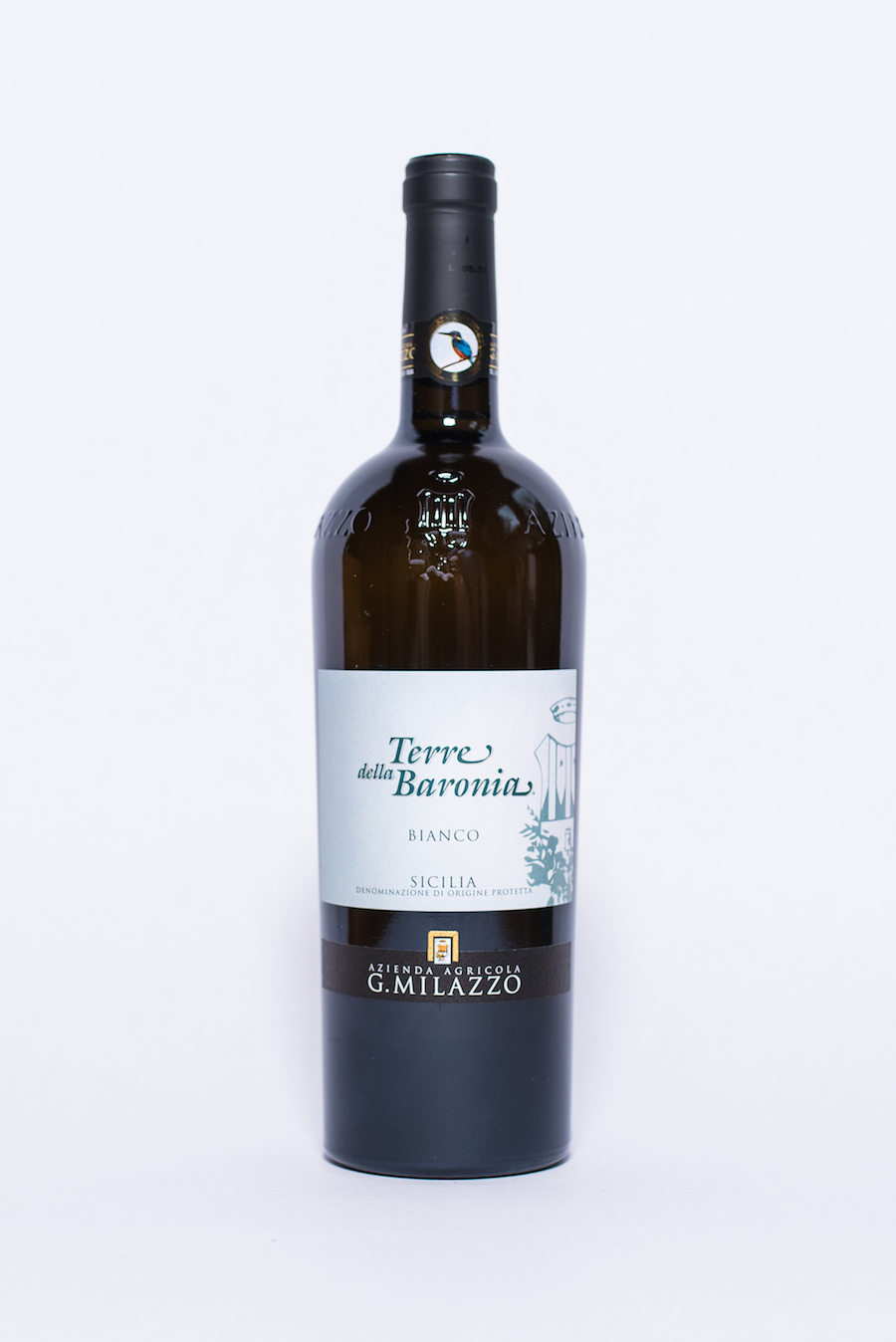Terre della Baronia Bianco 2016    Producer:   Azienda Agricola G. Milazzo    Region : Sicily  Grapes:  Catarratto Bianco Lucido  Characteristics:  Delicate perfume of white flowers, grapefruit and golden apple carry through to the palate with relishing fruity notes, good acidity and a persistent mineral finish. An excellent and refreshing food wine.