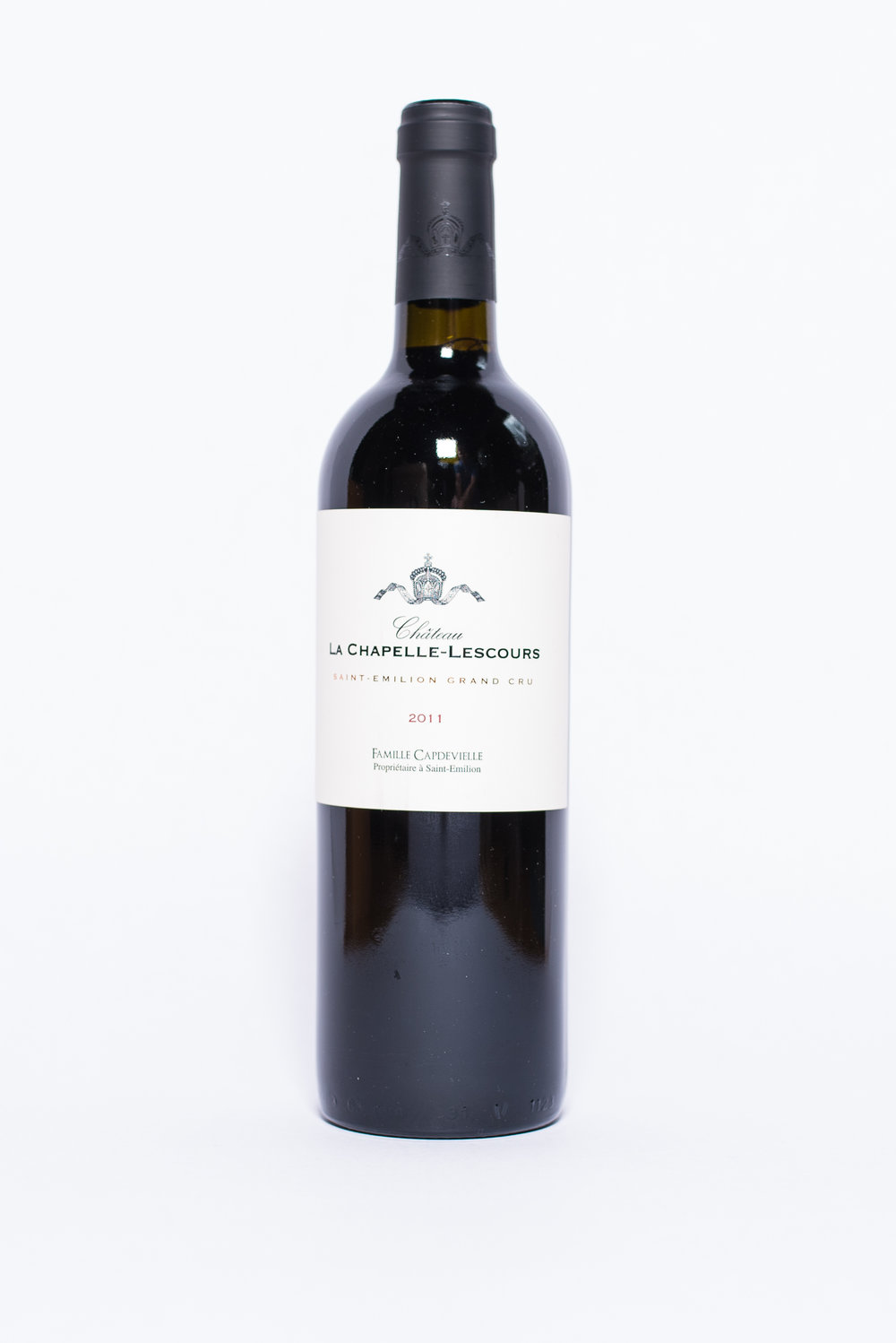 La Chapelle Lescours Saint Emilion Grand Cru 2011    Producer:   Capdevielle & Ginter    Region:  Bordeaux  Grapes:  90% Merlot, 10% Cabernet-Franc