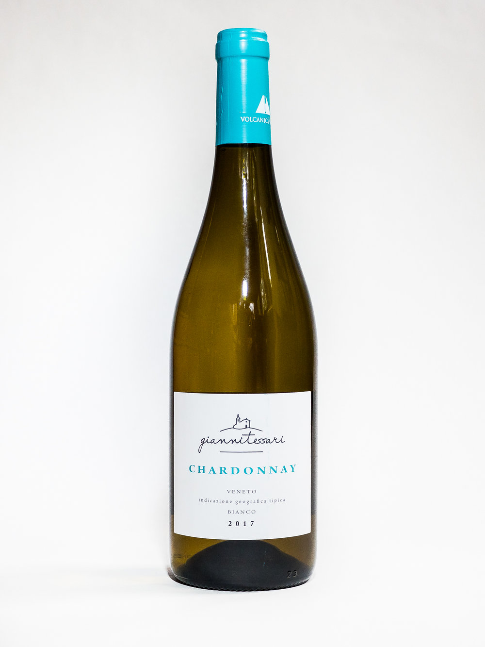 Chardonnay 2017    Producer :  Giannitessari    Region:  Roncà, Veneto  Grapes:  Chardonnay  Characteristics:  Straw yellow color. Delicate aroma of tropical fruit with well balanced acidity and rich mineral quality. Pairs well with light dishes and fish.
