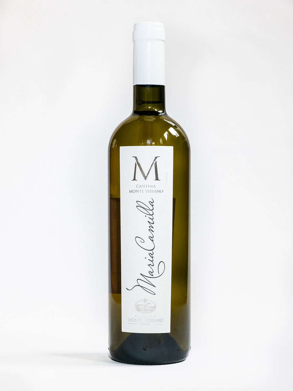 Villa Maria Camilla 2017    Producer:   Castello Monte Vibiano    Region:  Umbria  Grapes:  Trebbiano Spoletino, Grechetto, Sauvignon Blanc, Viognier  Characteristics:  Notes of citrus and white fruit, with hints of wild flowers. Subtle yet vibrant flavor, elegant and well-structured, characterized by classic mineral sensations. Ideal with pasta, risotto or white meats.