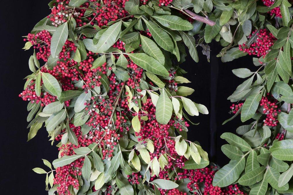 detail_shot_wreath.jpg