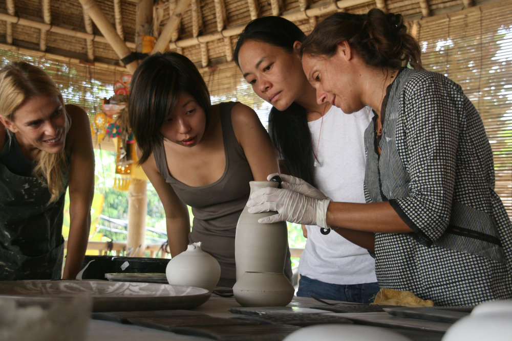 8-gaya-cac-workshops-instructors-michela-foppiani-burnishing-raku.jpg