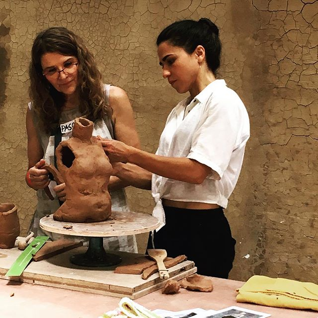 """Giving Life"" sculptural workshop commences and Cristina Cordoba's mastery as a maker and instructor leaves us all immediately amazed. #ceramic #figurative #sculpture #workshop #handbuilding #amazing #guru #life #giving #eatclaylove #clayeverydamnday"