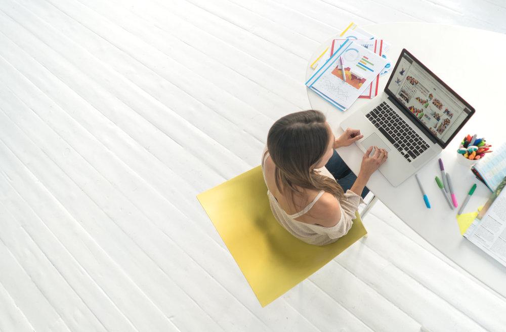 Woman-at-computer.jpg