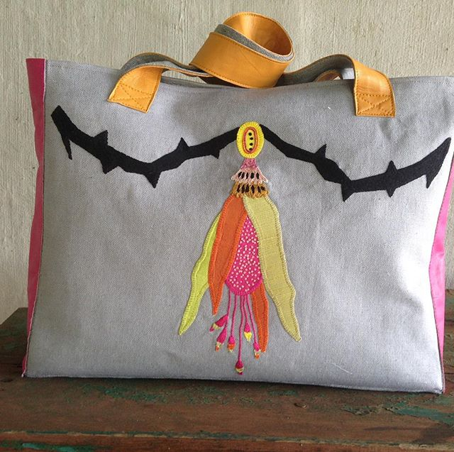 "Deluxe bag, ""B"" side, #handembroidery, #barok"