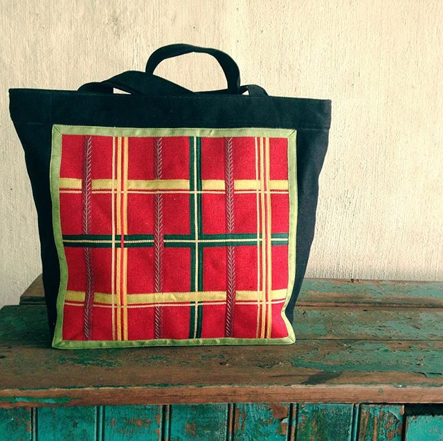 #back of Paisley shopper bag.  Vintage ribbon.