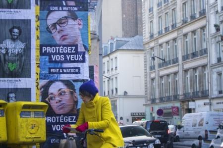 Woman mailing a letter, Paris, December 2016