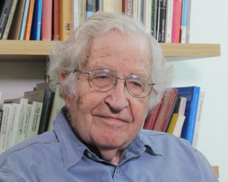 Noam Chomsky.png