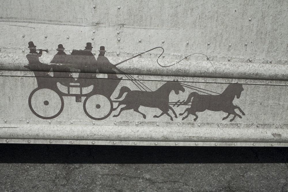 horseandcarriage.jpg