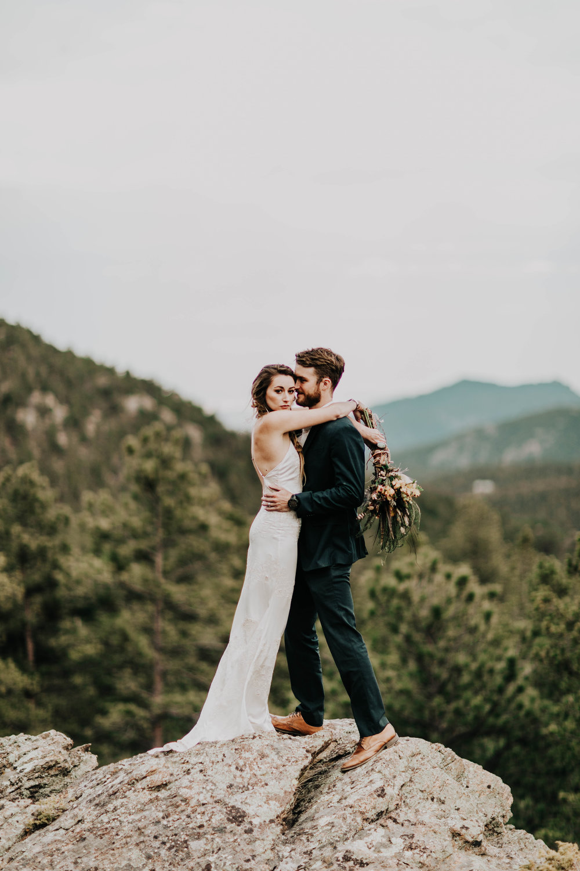 Sheena_Shahangian_Photography_Wedding_Photo_Shoot_Van_Life_Colorado_Rayne_and_Michael-200.jpg