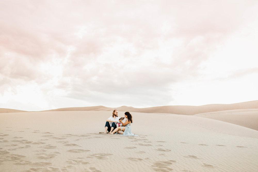 Sheena_Shahangian_Photography_Morocco_Sand_Dunes_Couples_Adventure_Session_Sheena_Ed-1.jpg