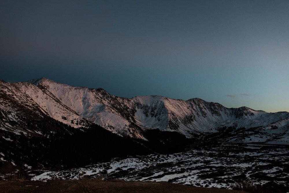 Sheena_Shahangian_Photography_Loveland_Pass_Colorado_Rocky_Mountains_Adventure_Anniversary_Session_Sheena_Ed-26.jpg