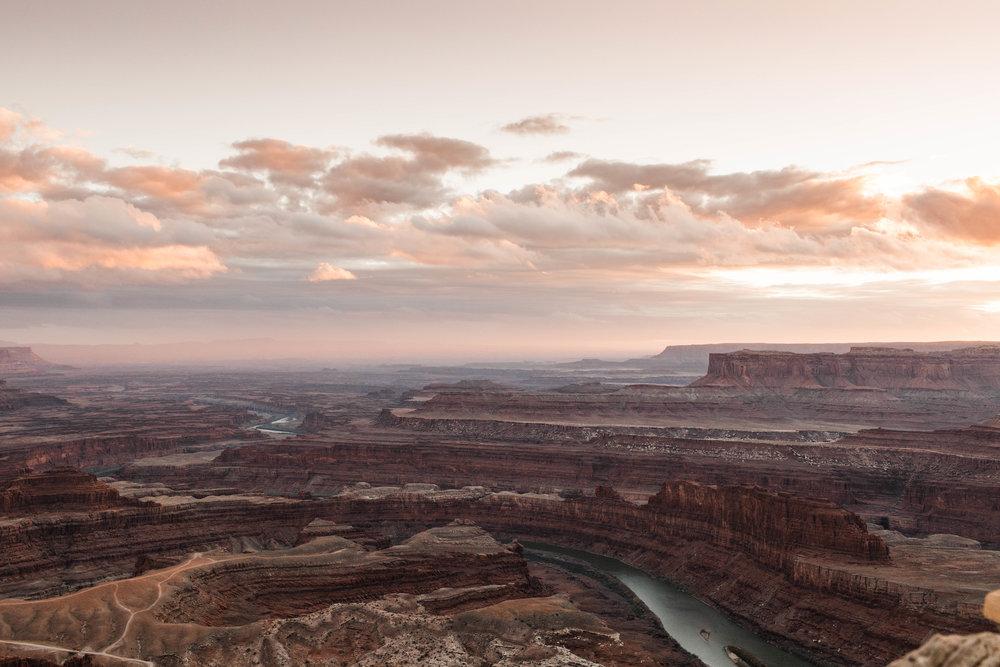 Sheena_Shahangian_Photography_Black_Canyon_Colorado_Moab_Utah_Adventure_Session_Road_Trip_Sheena_Ed-69.jpg