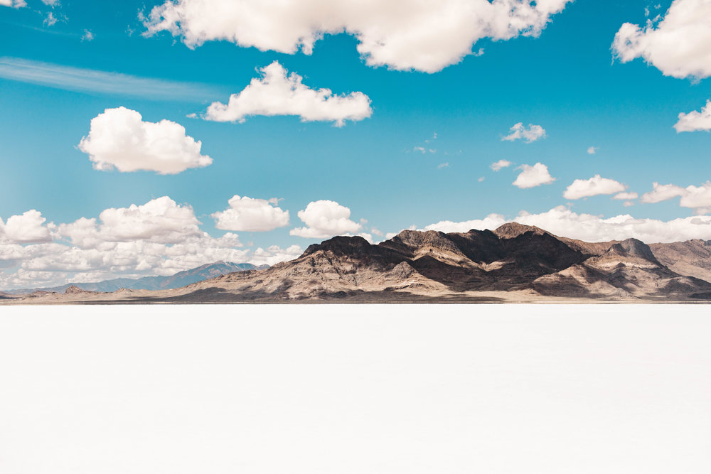 Sheena_Shahangian_Photography_Bonneville_Salt_Flats_Utah_Rocky_Mountain_Adventure_Session_Sheena-2.jpg
