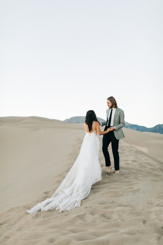 750ed-sheena-sep-14-2018-wedding-sand-dunes-6Z9A1186.jpg