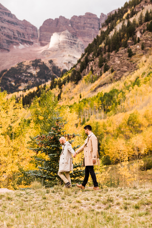 surprise proposal at Maroon Bells in Colorado | Aspen elopement photographers