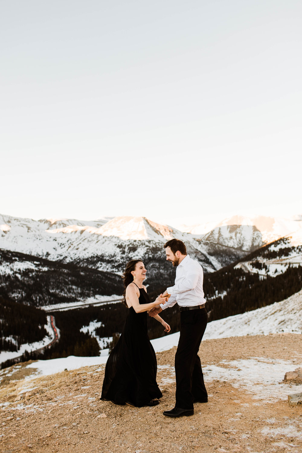 First dance in the mountains | Colorado Elopement Photography