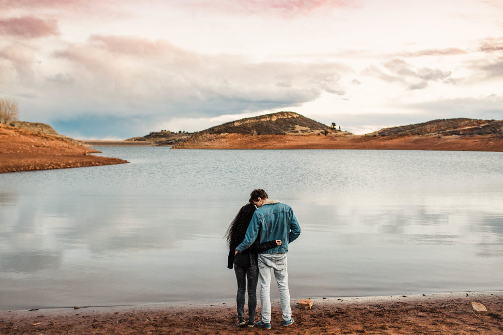engagement session by a reservoir in Fort Collins Colorado | Fort Collins wedding photographers
