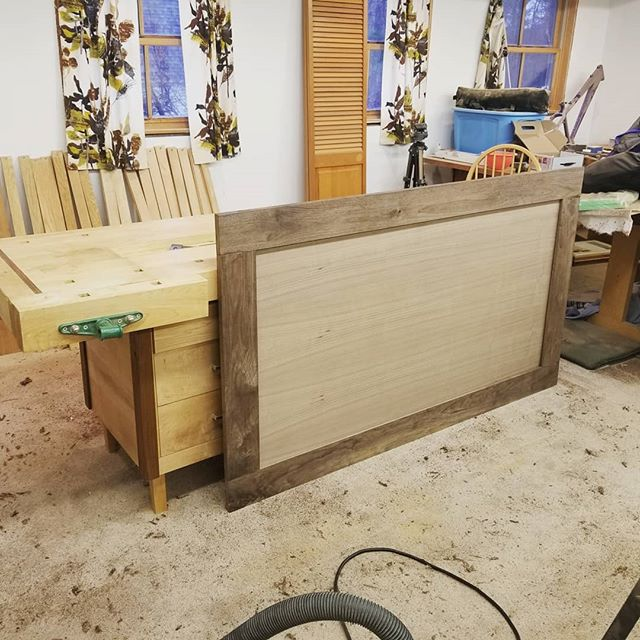 Been a while since I was able to get a woodworking project done and this headboard was overdue. A challenge to get it fit onto the frame I built several years ago!
