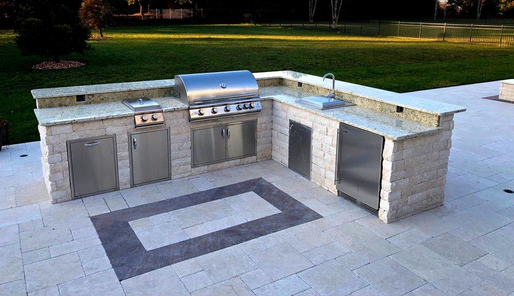 kp outdoor kitchen 4.JPG