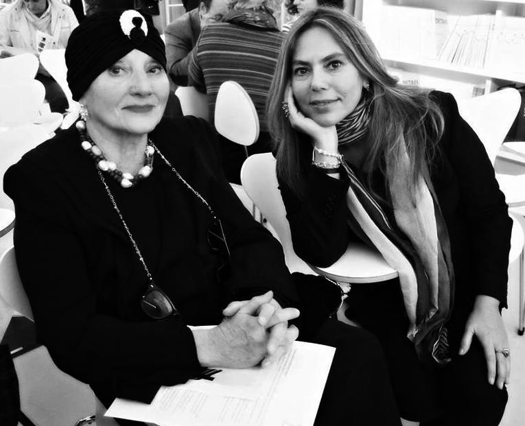 - Paola Valori con la madre Valentina, fondatrice dell'Associazione