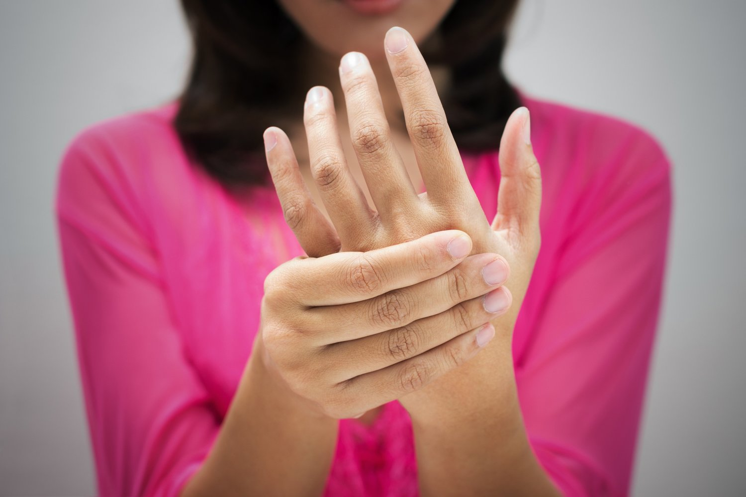 What Can I Do For Hand Numbness And Tingling Or Feet Numbness Radiant Health Chiropractic