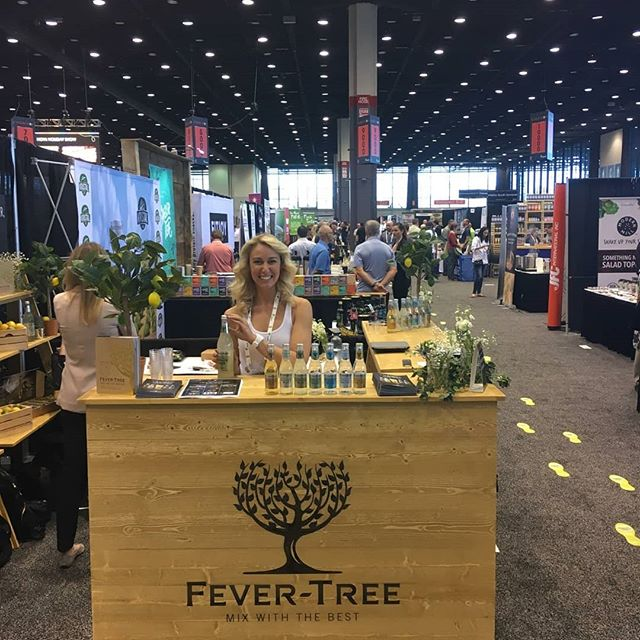 Excited to work with @fevertreemixers we love the #fevertreegingerbeer #fevertreeclubsoda and #fevertreetonic ❤ #keheholidayshow #chicago #mccormickplace #fevertree #fnomworldwide