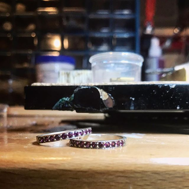 Practicing 2mm pavè in silver.  #garnet#rhodolitegarnet#sterlingsilver#pave#practice#metalsmith#stonesetting#eternityband#fabrication#handmade#jewrlry#ring#pavering#stackingring#garnetring