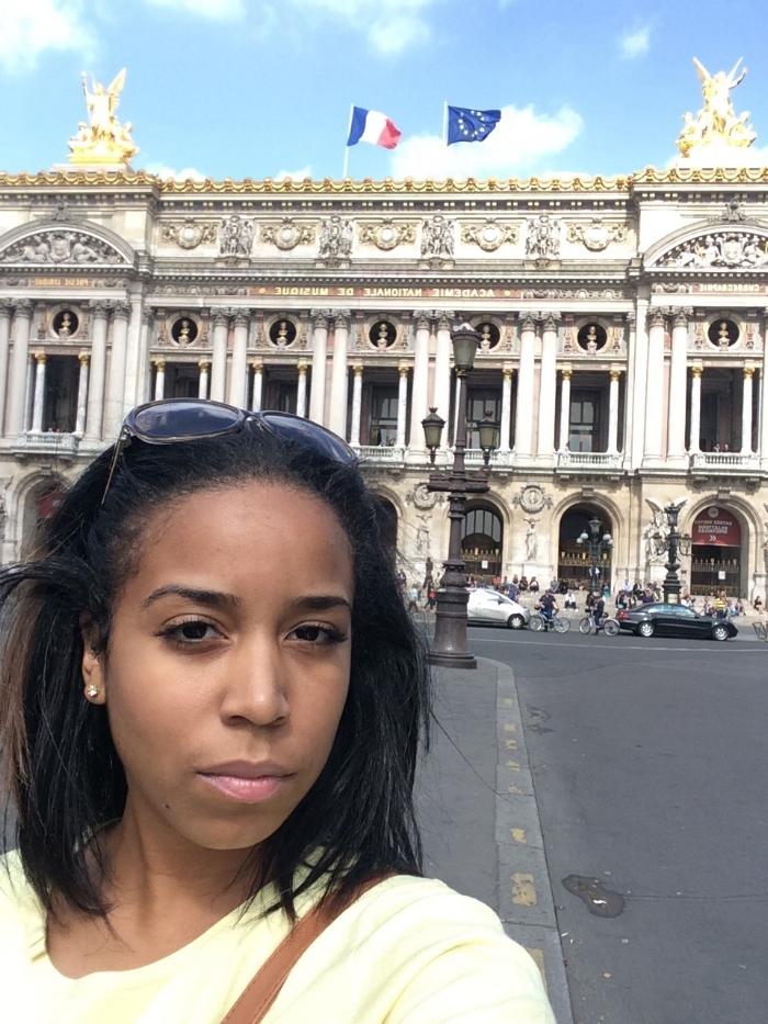 L'opera de la Bastille (behind me)