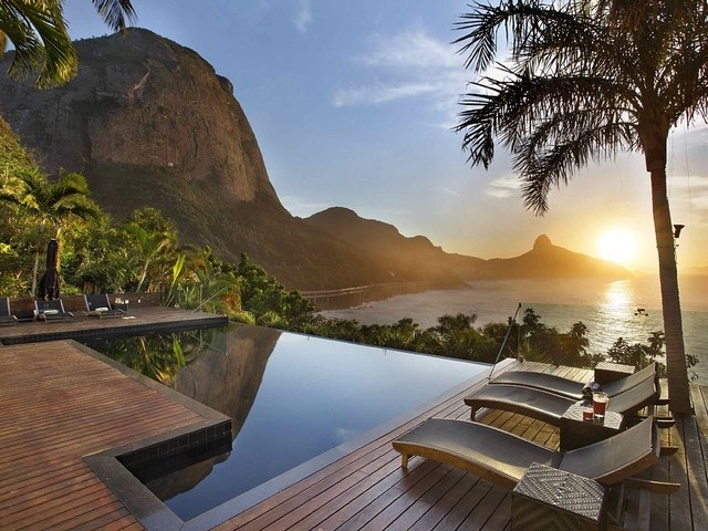 5 STUNNING HOMES YOU CAN RENT IN RIO