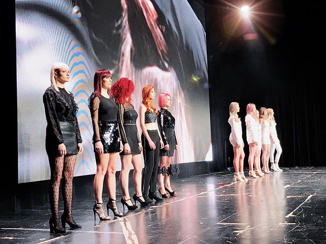 1 weekend, 2 shows. Swish styling and choreography for @schwarzkopfcan this past weekend in Calgary! Divide and conquer at it's best. 👏🏻🖤 #swishproductions #schwarzkopfprofessional #modernrocks