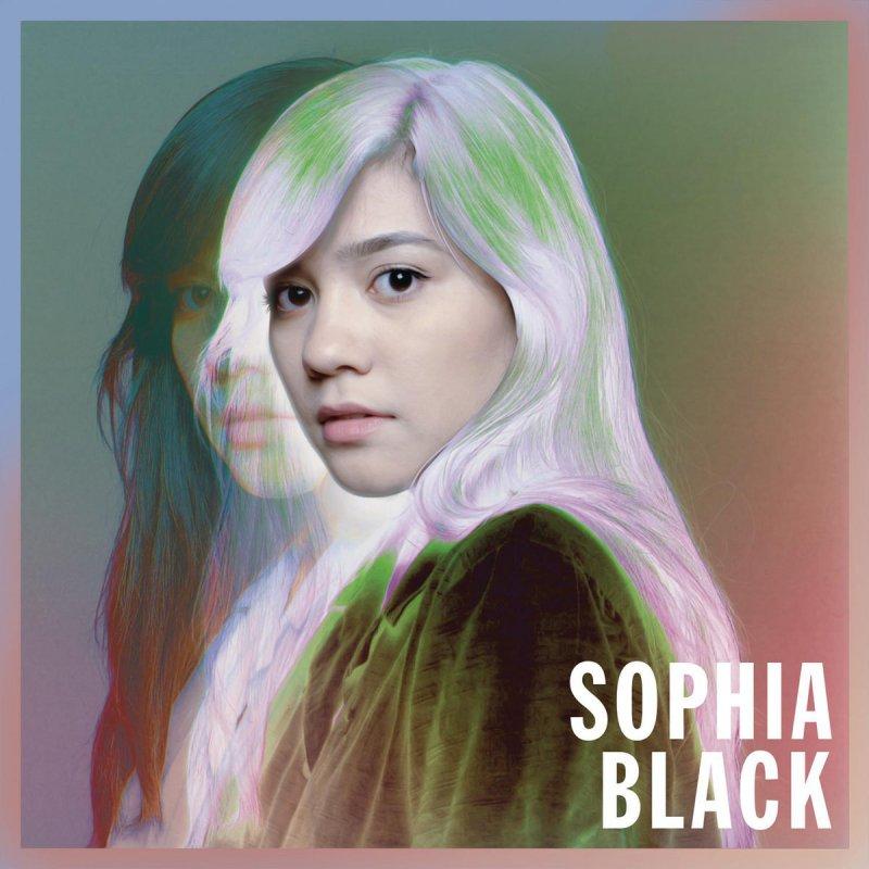 """""""k i s s i n g"""" - Sophia Black"""